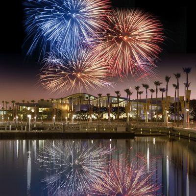 Fireworks over the Aquarium of the Pacific