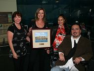 Aquarium Presents Glenn McIntyre Heritage Award to Ruben Rios