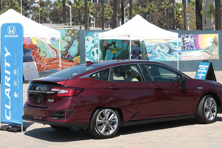 Honda Clarity on the front plaza during a festival - slideshow