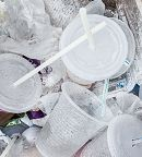 Plastic cups and straws links to Aquarium Joins Plastic Pollution Campaign