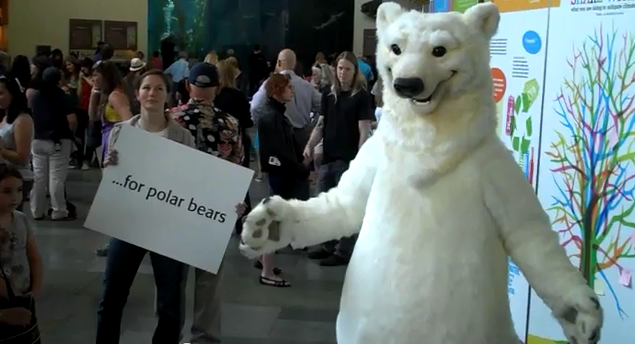 Aquarium's Freeze Flash Mob Sends Creative Climate Change Message