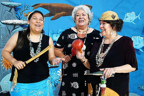 The Chumash Family Singers